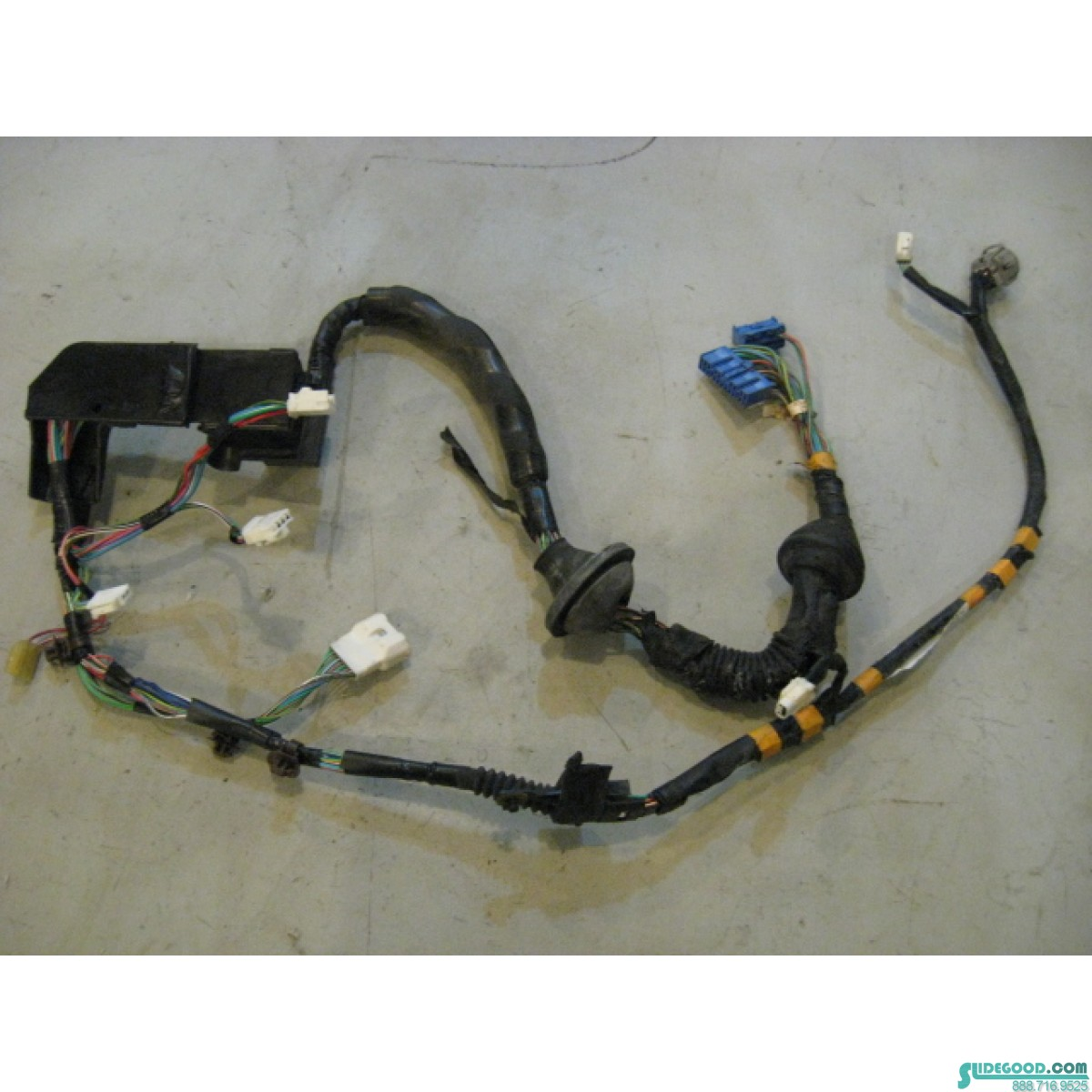 10773_01 lexus sc400 rh passenger door wiring harness 82151 24231 r10773 1992 Lexus SC400 at gsmx.co