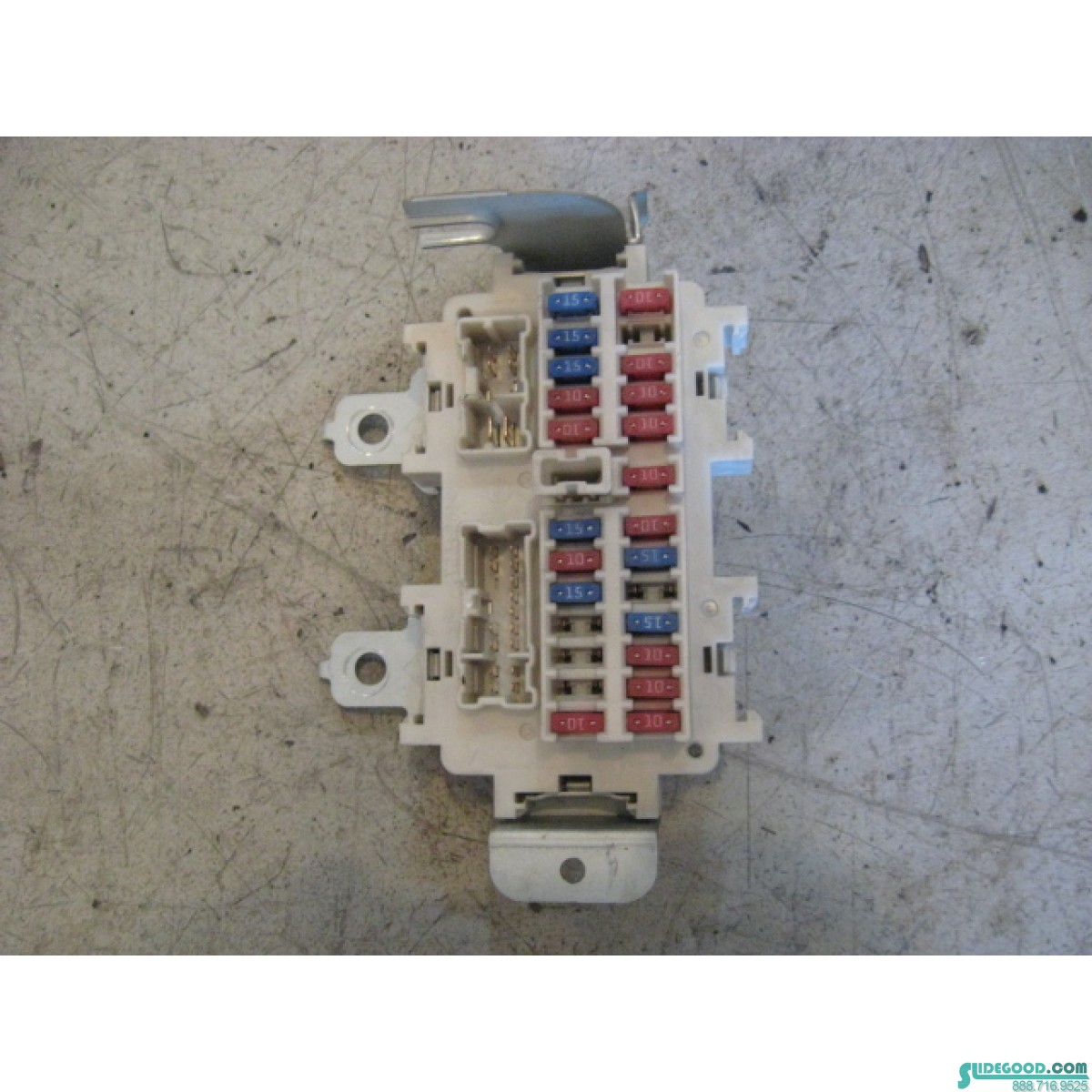 9736_01 nissan 350z interior fuse box r9736 nissan 350z fuse box diagram at panicattacktreatment.co