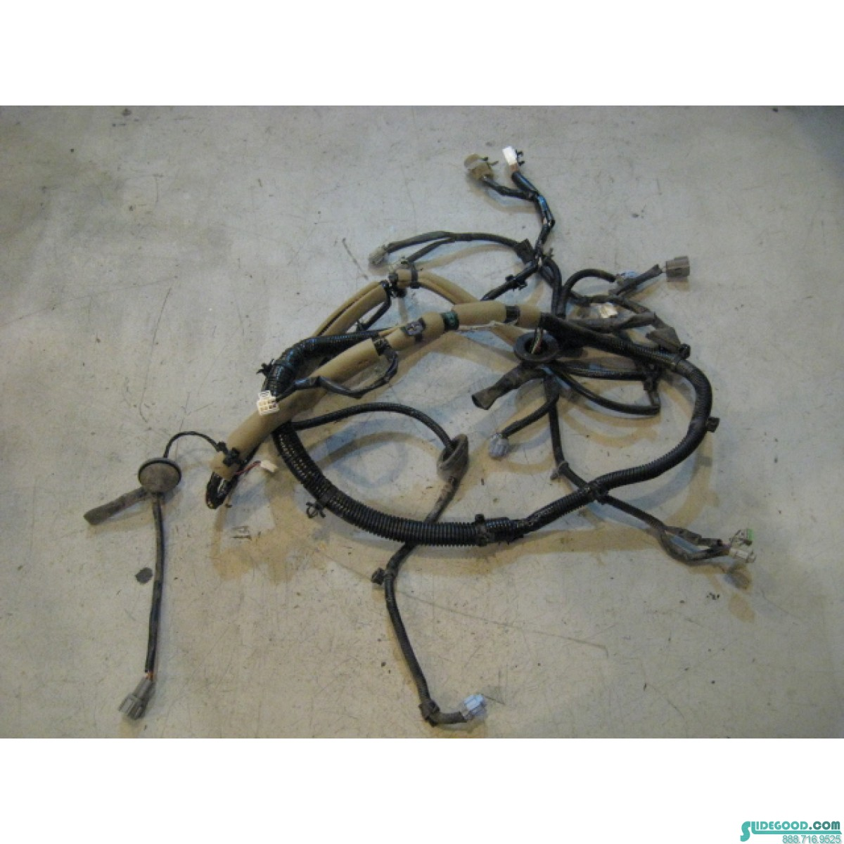 9825_01 nissan 350z tail lamp wire harness 24015 cd000 r9825 2003 nissan 350z headlight wiring harness at virtualis.co