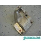 06 Nissan 350Z LH Driver Engine Mount Bracket  R2002