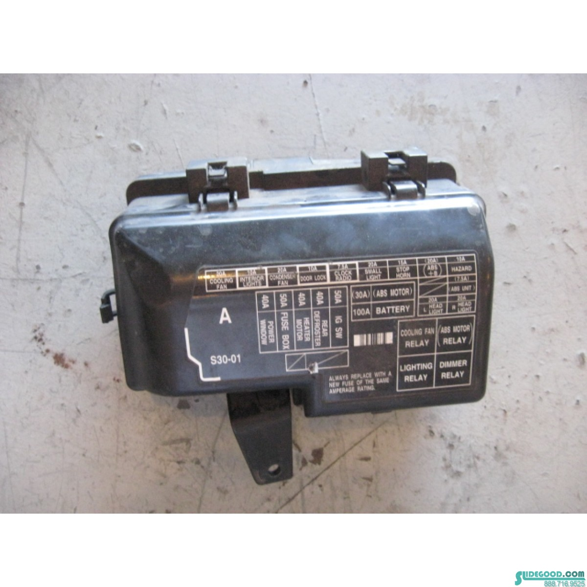00 Honda Prelude Engine Bay Fuse Box R13369