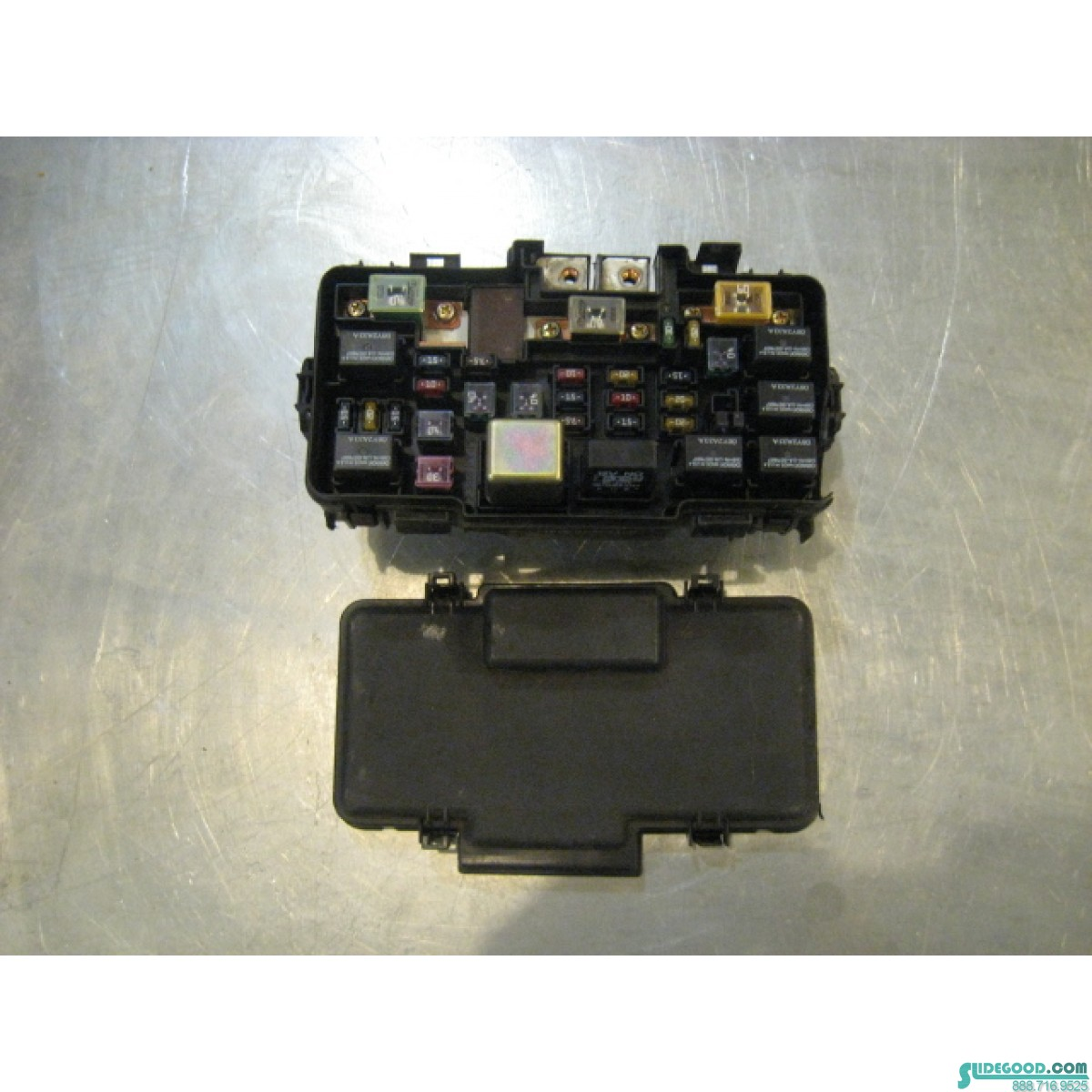 Engine Bay Fuse Box 03 Honda Civic R15593